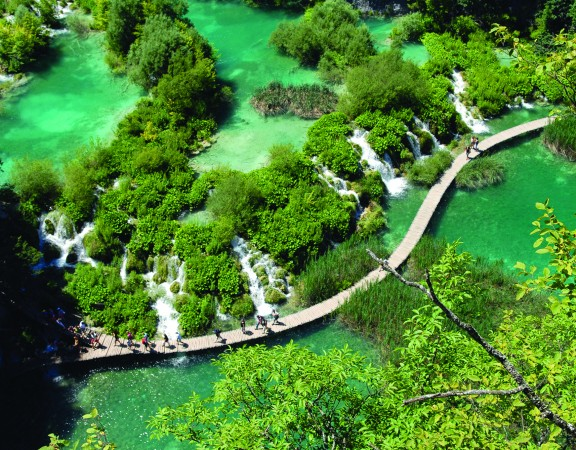 22.07.2010., Plitvicka jezera - Jedan od osam nacionalnih parkova koji krasi cak 16 jezera na razlicitim nadmorskim visinama. Photo: Kristina Stedul Fabac/PIXSELL