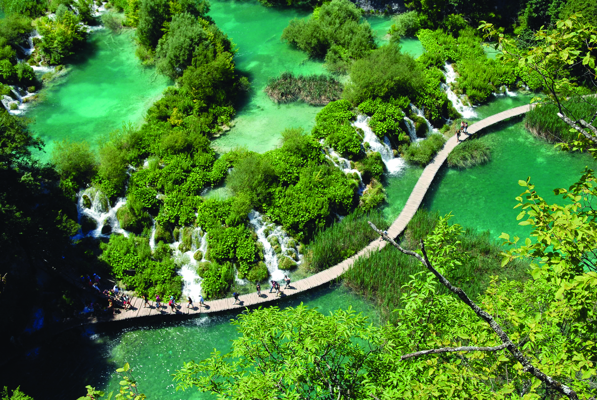 Plitvice_croatia_waterfall